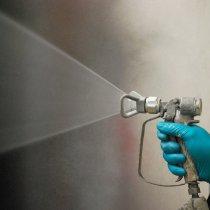 Aplikacja materiału Belzona 1523 metodą gorącego natrysku bezpowietrznego