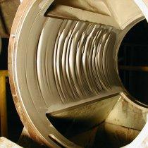 Znaczne uszkodzenia erozyjne odcinków rurociągu w cementowni