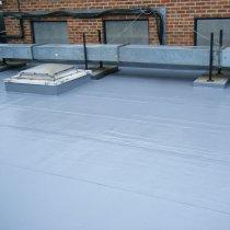 Połać dachu zabezpieczona zimą z użyciem materiału Belzona 3131 (WG Membrane)