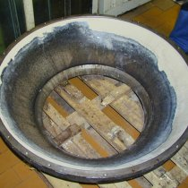 Wykładzina elementu zbiornika naprawiona i zabezpieczona z użyciem materiału Belzona 4111 (Magma-Quartz)
