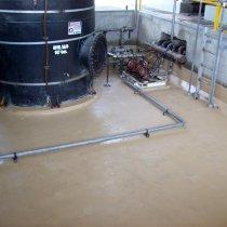 Dodatkowa strefa bezpiecznego przechowywania substancji chemicznych zabezpieczona przed uszkodzeniami materiałem Belzona 5811 (Immersion Grade)